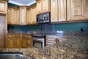 Dark Granite kitchen - Columbus Ohio GS Marble Ohio